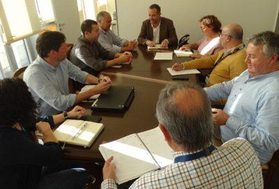 Reunião com entidades locais